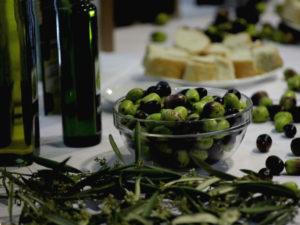 оливковое масло поддерживает работу кишечника