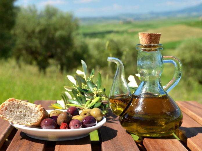 уголок Тосканы, где оливковое масло зеленее