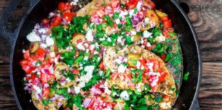 курица с томатами и оливками