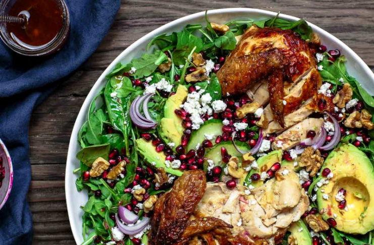 Куриный салат с оливковым маслом