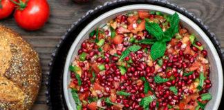 томатный салат с оливковым маслом