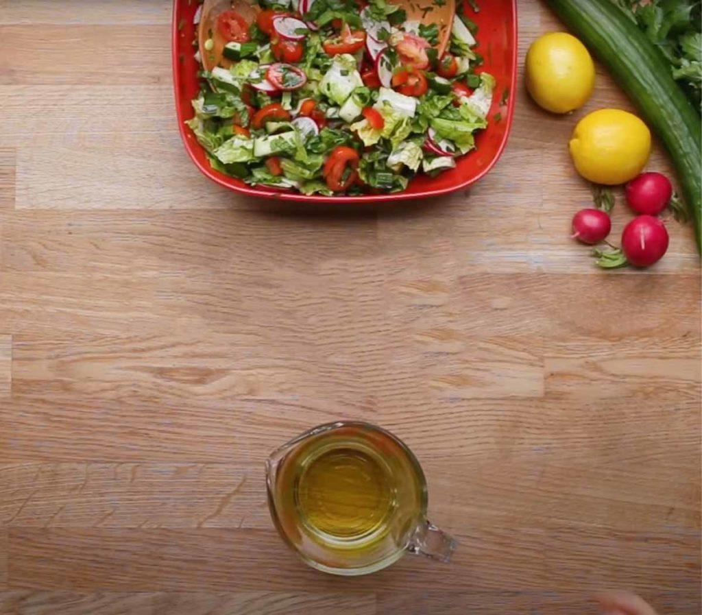 Средиземноморская кухня с высоким содержанием растительных жиров